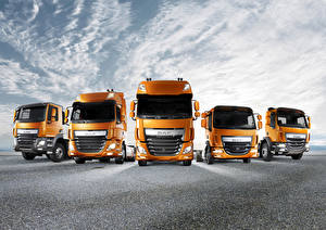 Обои DAF Trucks Грузовики Спереди Оранжевая авто