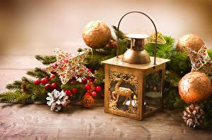 Фотографии Рождество Свечи Ветвь Шарики Звездочки Шишки Фонарь