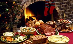 Фото Новый год Праздники Сервировка Выпечка Сладости Овощи Ветчина Кекс Носки