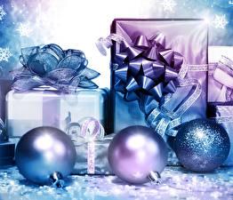 Картинка Новый год Шарики Подарки Бантик