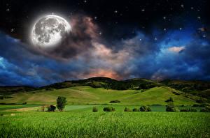 Обои Пейзаж Поля Луга Небо Звезды Ночные Луной Облачно Холмы Природа