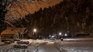 Обои Загреб Хорватия Зима Дома Ночь Снег Уличные фонари Ель Samobor Города фото