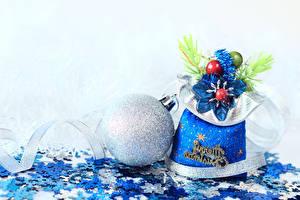 Фотография Новый год Белый фон Подарки Шар Снежинки