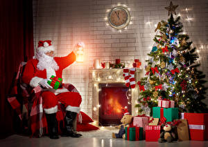 Обои Новый год Часы Елка Подарки Дед Мороз Камин Фонарь