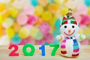 Картинки Новый год 2017 Снеговики Шапки Шарф