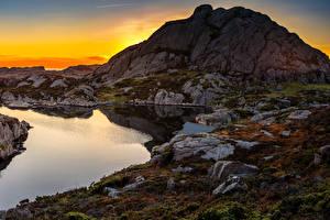 Обои Норвегия Рассветы и закаты Вечер Озеро Камни Скала Bjerkreim Rogaland Природа фото