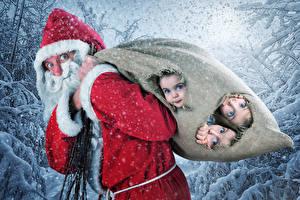 Обои Новый год Дед Мороз Девочки Снег Униформа Трое 3 Дети Юмор фото