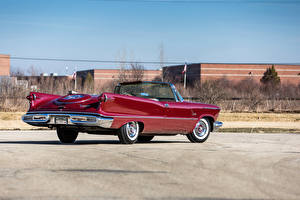 Картинка Ретро Красные Металлик Кабриолет Сзади 1958 Imperial Crown Convertible (LY1-M) автомобиль