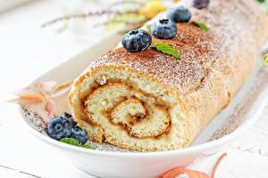 Картинки Выпечка Рулет Черника Продукты питания