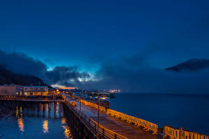 Обои Аляска Дома Причалы Небо Побережье Ночь Залив Juneau Города фото