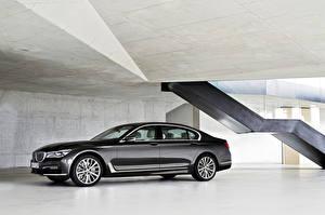 Фотография BMW Сбоку Черный 2015, 750Li, G12, xDrive Автомобили