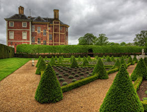 Обои Англия Дома Лондон Кусты Газон HDR Ham House and Garden Richmond Города фото