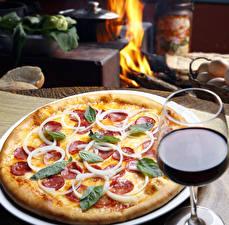 Картинки Быстрое питание Пицца Вино Бокалы