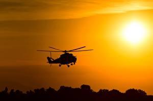 Фотография Вертолеты Силуэт Российские Mil Mi-24