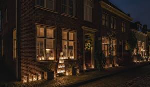 Обои Нидерланды Дома Новый год Улица Фонарь Ночь Buren Guelders Города фото