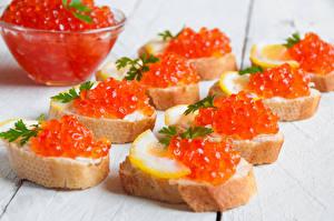Обои Морепродукты Икра Бутерброды Хлеб Доски Еда фото