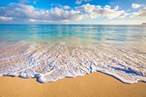 Картинка Тропики Пейзаж Берег Волны Океан Гавайи Песок Облака Горизонт