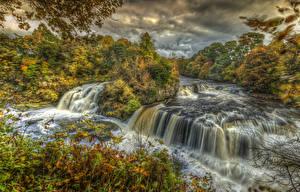 Картинки Великобритания Водопады Осень Деревья HDR Clyde Valley Woodlands Lanarkshire Природа