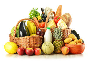Обои Овощи Фрукты Ананасы Картофель Корзинка Белый фон Еда фото