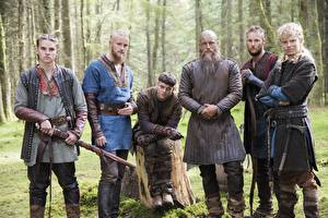 Обои Викинги (телесериал) Мужчины Воители Travis Fimmel Ragnar Lothbrok Фильмы Знаменитости фото