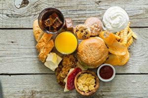 Картинки Бутерброды Хлеб Картофель фри Доски Сердце Чипсы Пища