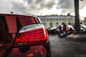 Фотографии Крупным планом БМВ Фары E60 Авто