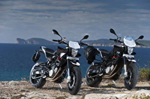 Фото Побережье Двое 2012-16 Husqvarna Nuda 900 Мотоциклы