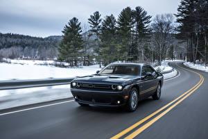 Фото Dodge Дороги Металлик Движение Черная 2017 Challenger GT AWD Автомобили