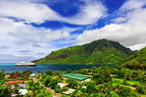 Обои Французская Полинезия Тропики Горы Побережье Круизный лайнер Облака Moorea Природа фото