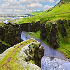 Фотографии Исландия Реки Мох Скала Каньон canyon Fjadrargljufur Природа
