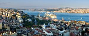 Обои Стамбул Турция Здания Реки Корабль Круизный лайнер Города