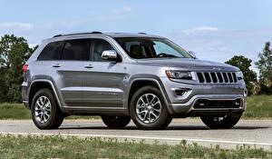 Фотографии Jeep Серебристый 2013 Grand Cherokee Автомобили