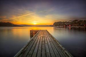 Обои Норвегия Реки Лофотенские острова Рассветы и закаты Причалы Пейзаж Rogaland Природа фото