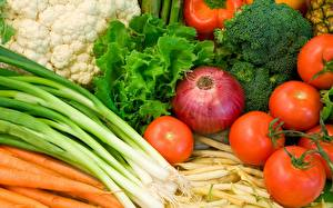 Картинки Лук репчатый Помидоры Овощи Продукты питания