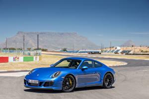 Фотографии Porsche Синих 2017 911 Carrera 4 GTS Coupe Worldwide (991) Автомобили