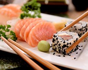 Картинки Морепродукты Рыба Суси Палочки для еды Еда