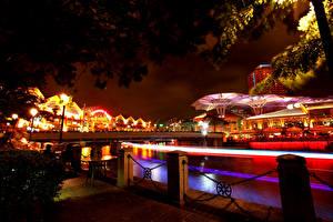 Обои Сингапур Мосты Дома Ночь Уличные фонари Забор Города фото