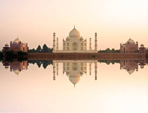 Фото Тадж-Махал Мечеть Отражается Agra India Uttar Pradesh