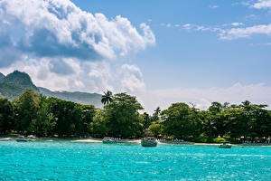 Обои Тропики Побережье Море Небо Облака Mahe island Seychelles Природа фото