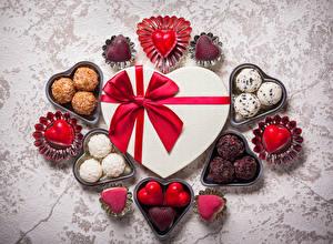 Обои День святого Валентина Конфеты Шоколад Подарки Бантик Сердце Еда фото