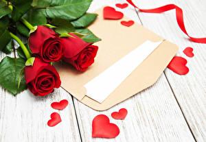 Фото День святого Валентина Роза Доски Красный Трое 3 Серце Письма Цветок Цветы