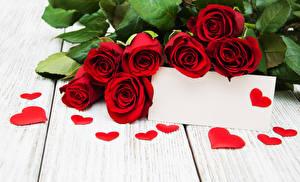 Обои День святого Валентина Розы Доски Шаблон поздравительной открытки Красный Сердце Цветы фото