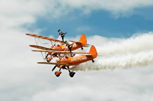 Фотографии Самолеты Небо Гимнастика Две Авиация Спорт