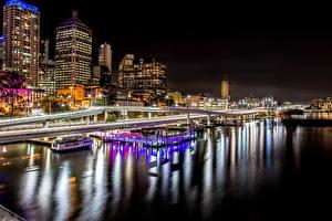 Обои Австралия Дома Реки Причалы Мосты Ночь Brisbane Города фото