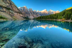 Картинка Канада Парки Горы Озеро Леса Пейзаж Банф Отражение Moraine lake Природа