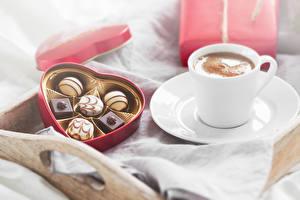 Обои Кофе Конфеты Шоколад Чашка Сердце Еда фото