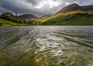 Фотографии Англия Пейзаж Горы Озеро Мох Buttermere Природа