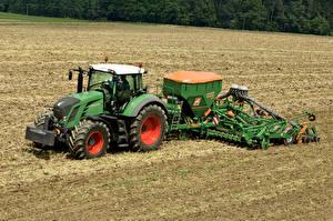 Фотография Поля Трактор Зеленый 2010-14 Fendt 828 Vario