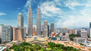 Обои Малайзия Дома Небоскребы Небо Куала-Лумпур Города фото