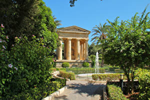 Обои Мальта Парки Фонтаны Деревья Valetta Природа фото